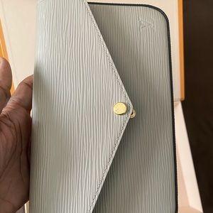 Authentic Louis Vuitton Felicie Pouchette